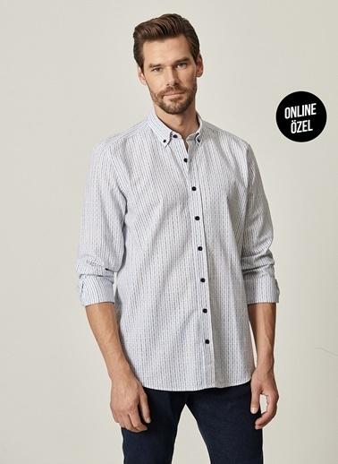 AC&Co / Altınyıldız Classics Tailored Slim Fit Dar Kesim Düğmeli Yaka %100 Koton Gömlek 4A2021100093 Mavi